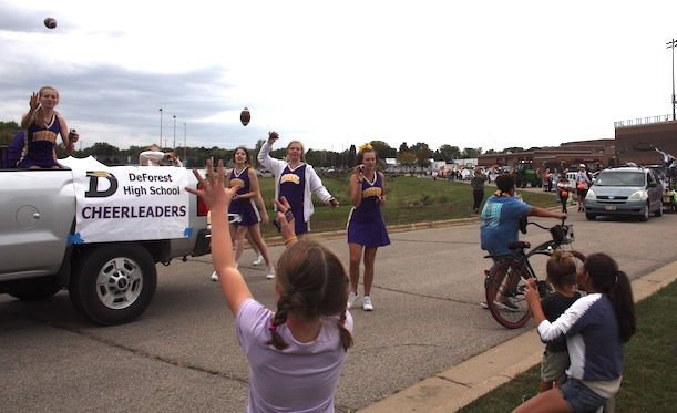 2021 DeForest Homecoming Parade