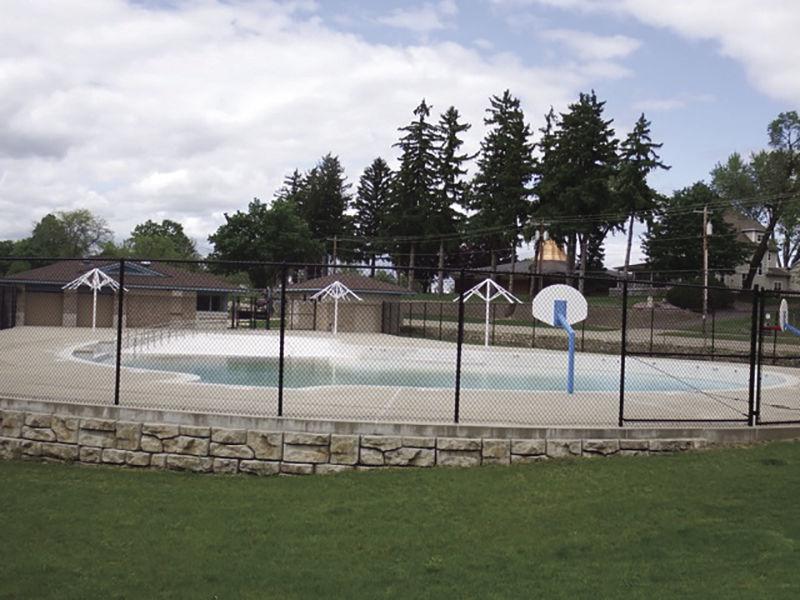 Lodi pool