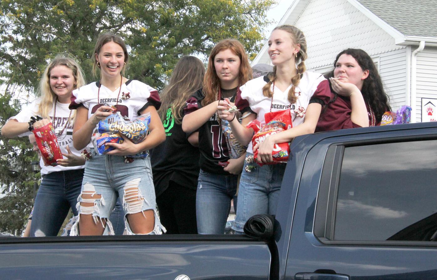 DHS Homecoming Parade 15