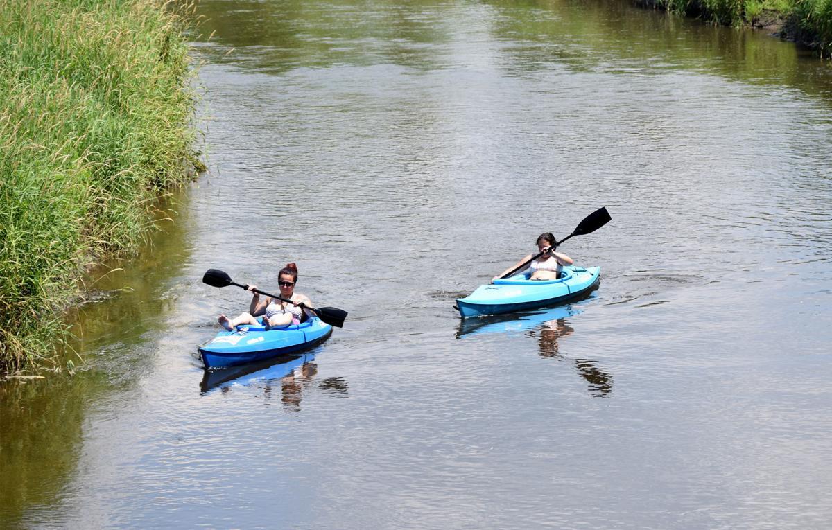 Paddling on Koshkonong Creek