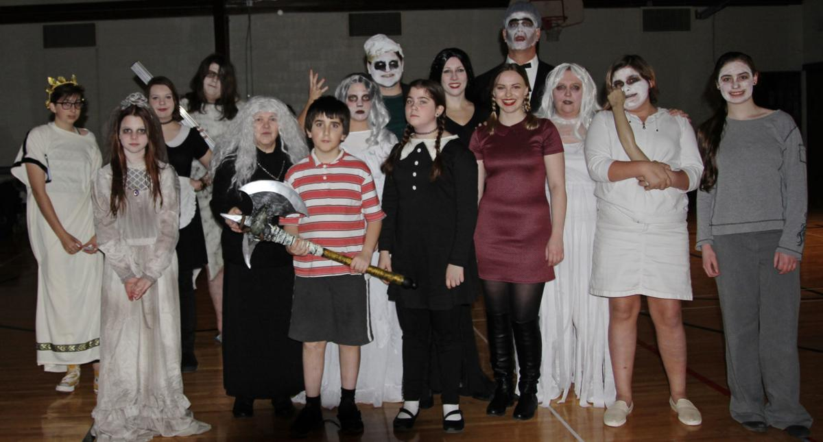 CD Players haunted house cast