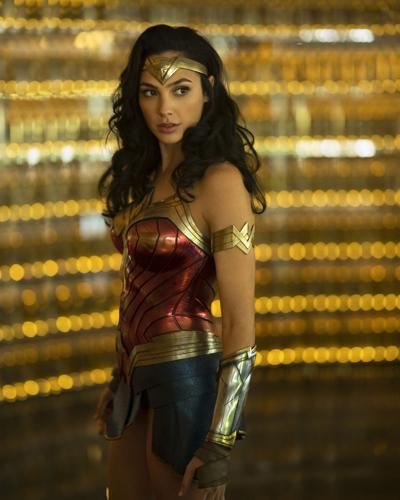 Wonder Woman delayed to Christmas Day