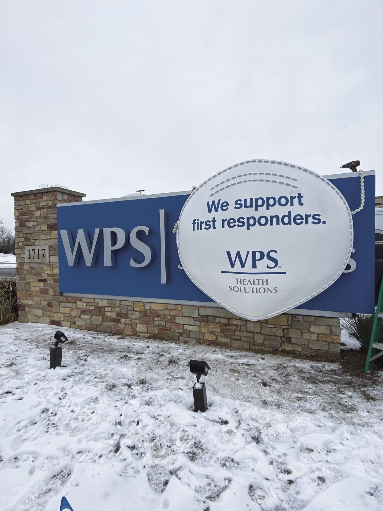 Close Up of WPS Sign