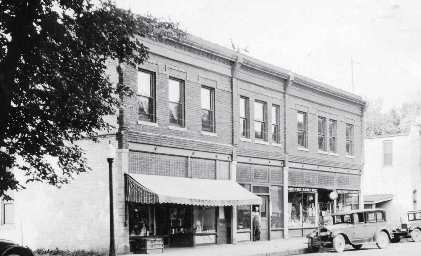 644 College St. (historical photo)