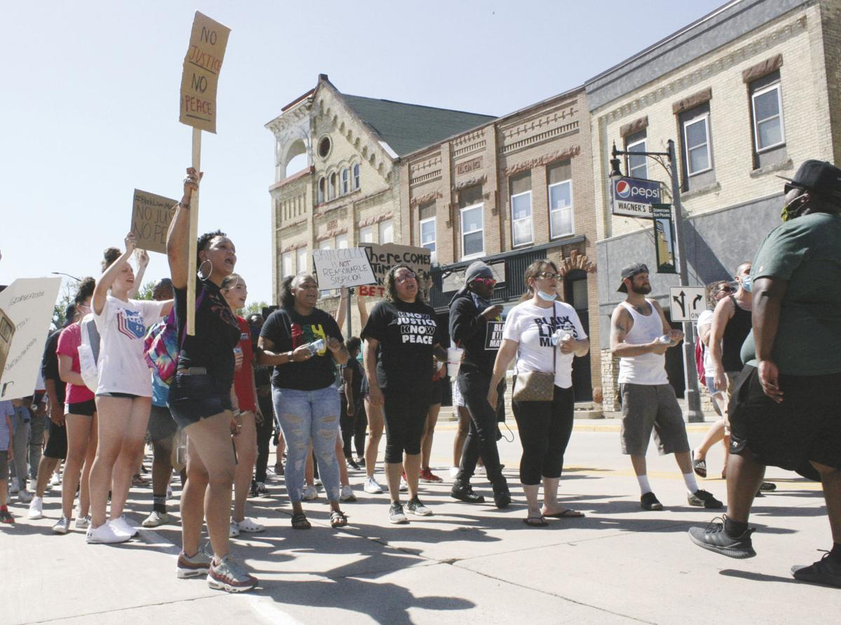 Hundreds protest George Floyd's death, ask for changes in Sun Prairie: Protest