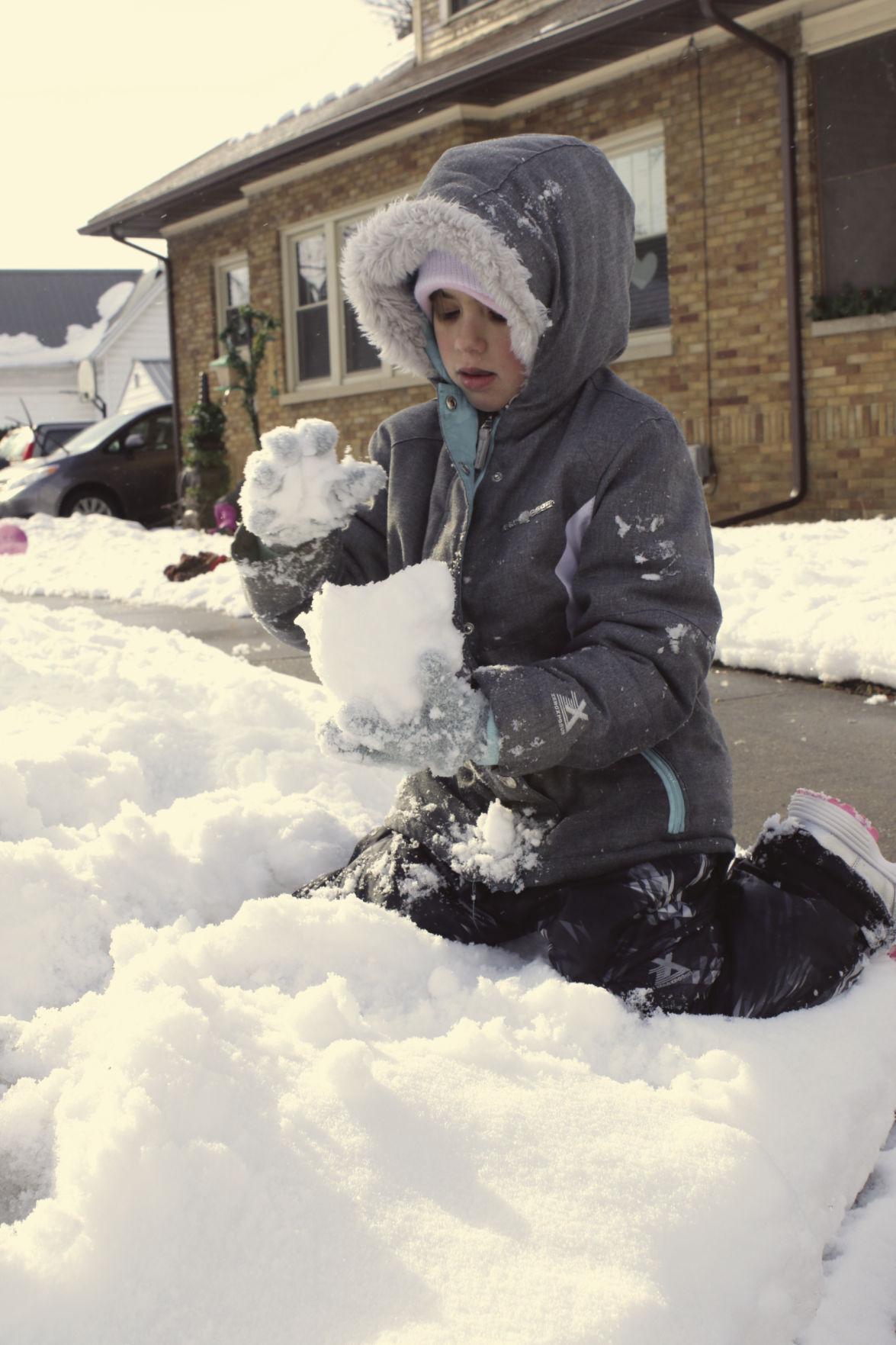 Sibling snow fun 1