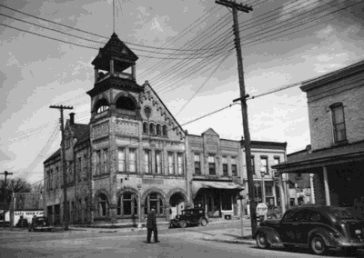 Historic downtown Sun Prairie walking tour