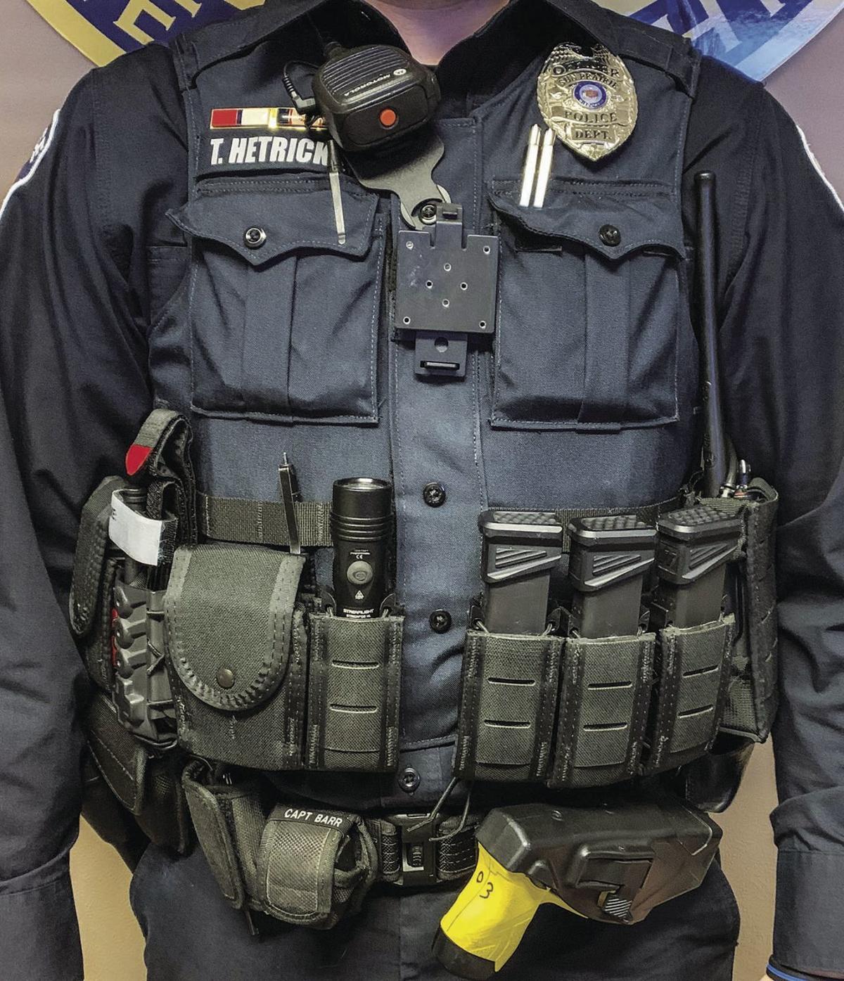 Load-bearing officer vest (2019)