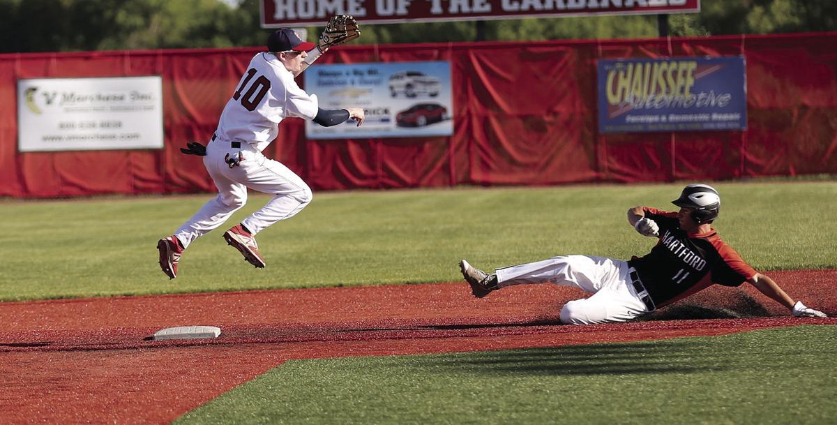 Sun Prairie Baseball Tops Hartford 8 0 Local Hngnews Com