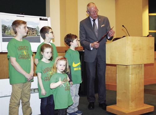 Proclamations, presentation highlight council meeting