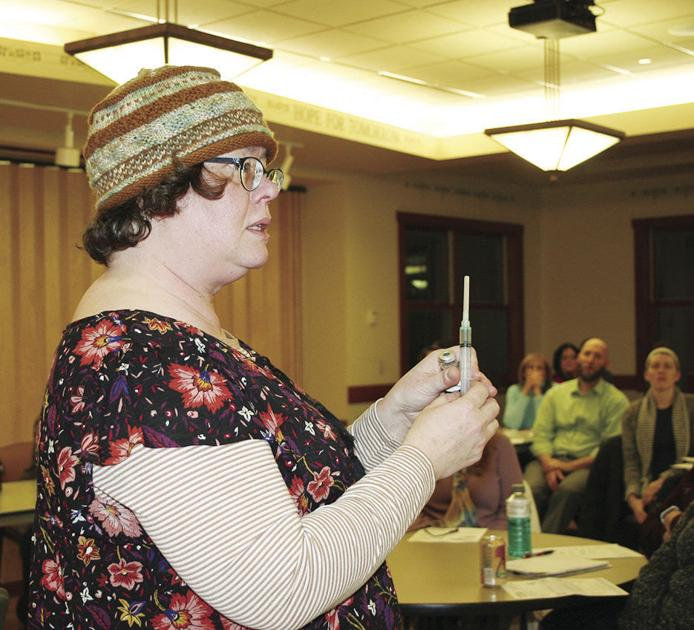 Narcan training draws a crowd