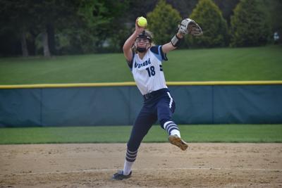 Sophomore Brynne Bieri pitching