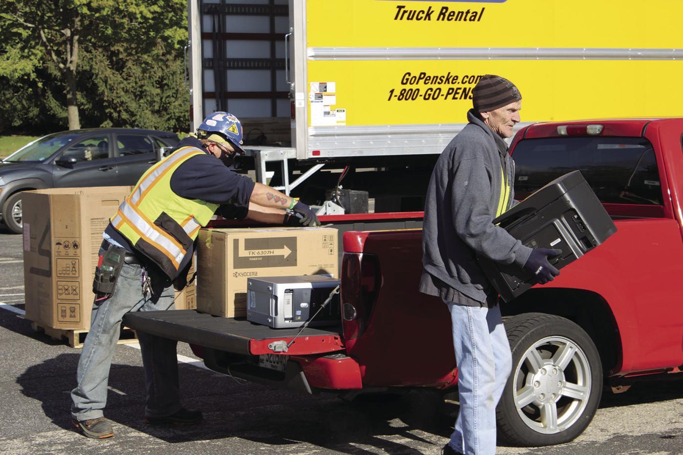 Unloading items
