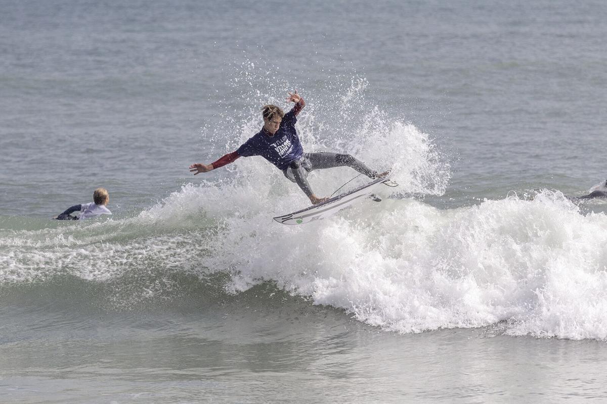 021921BCH surf1.jpg