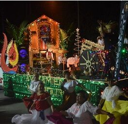 Christmas Parade 2021 On Malabar Drive Thru Holiday Parade To Kickoff Palm Bay Light Fest News Hometownnewsbrevard Com