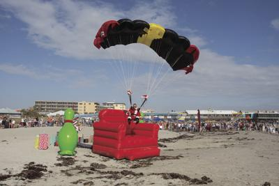 Skydiving Santas The Sants Of Cocoa Beach