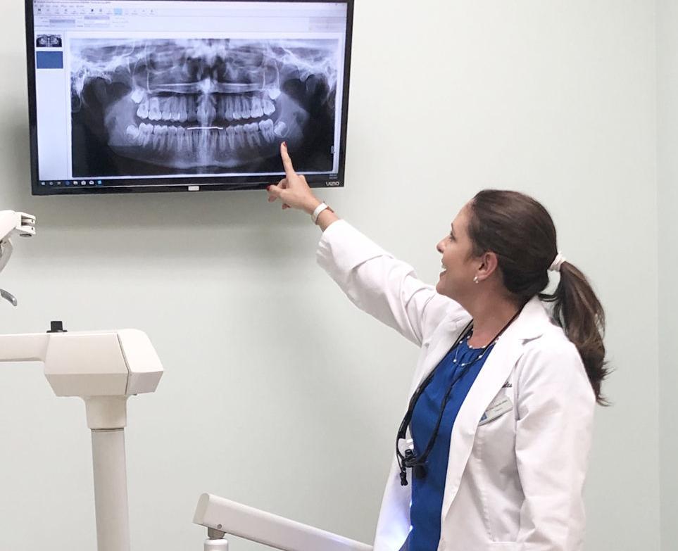 Dr. Eva Napoles, Nuva Dental