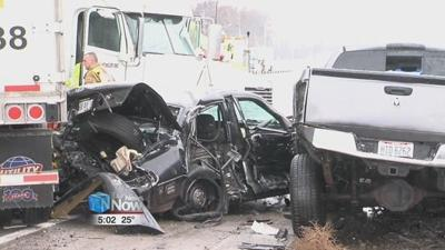 I-75 accident shuts down northbound, sends one to hospital