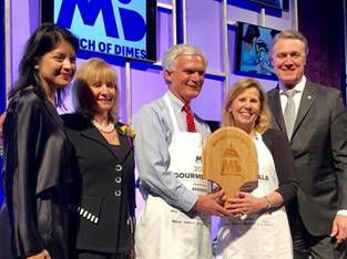 Bob Latta Wins Hometown Favorite Award.jpg
