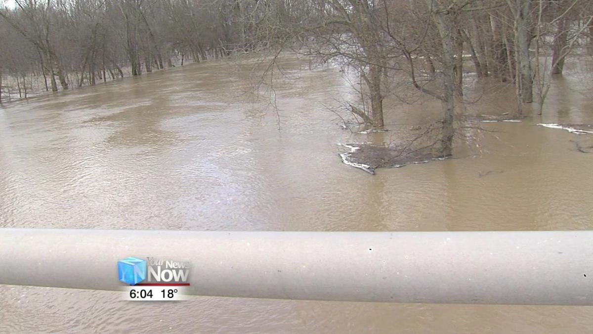 Wet weather causes local rivers to rise 1.jpg