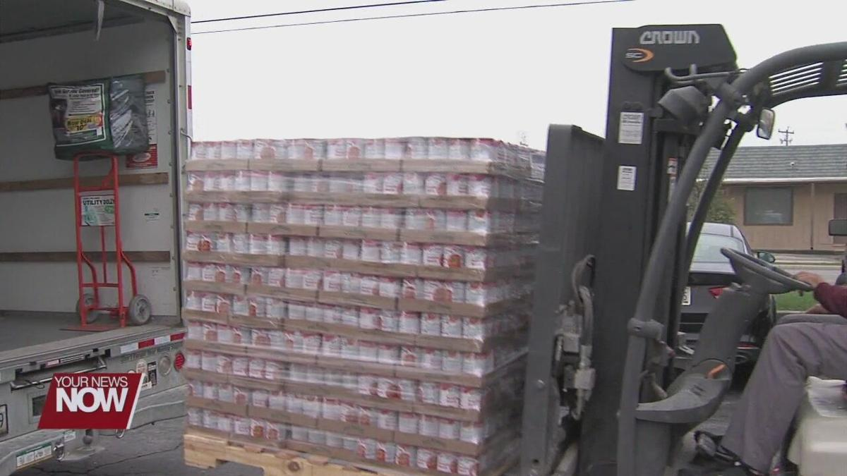 AgCredit makes food donation to West Ohio Food Bank