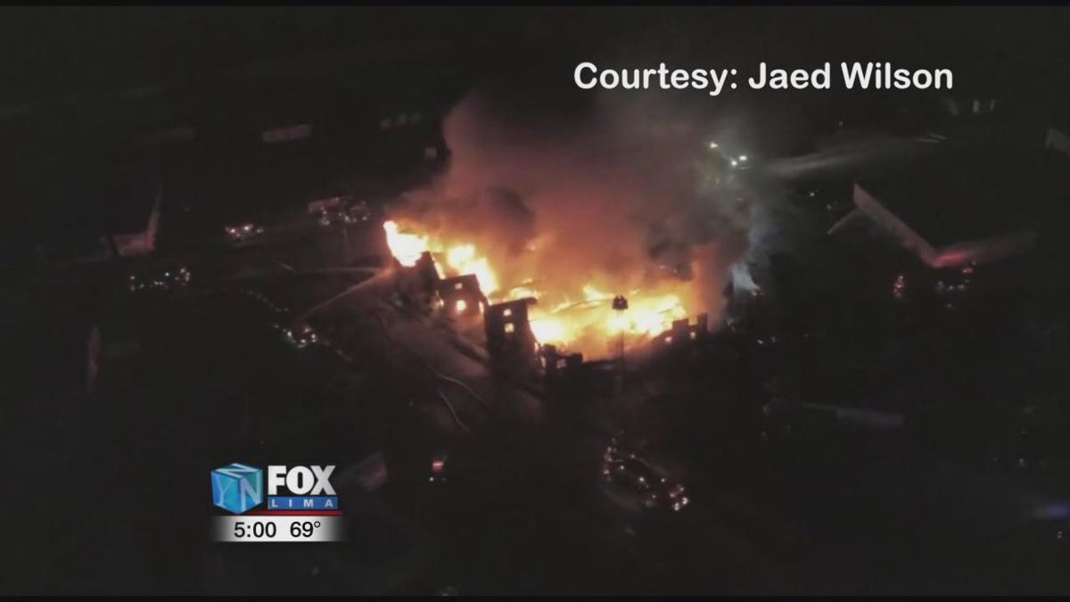 Morning fire leads to the demolition of a Lima warehouse