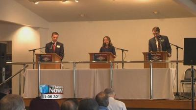 Lake Improvement Association holds debate