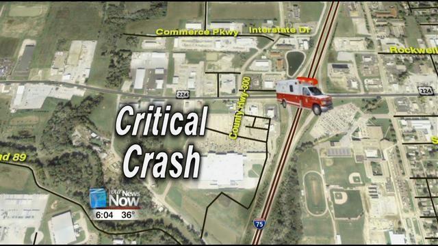 Two Hurt e Critically in Hancock County Crash