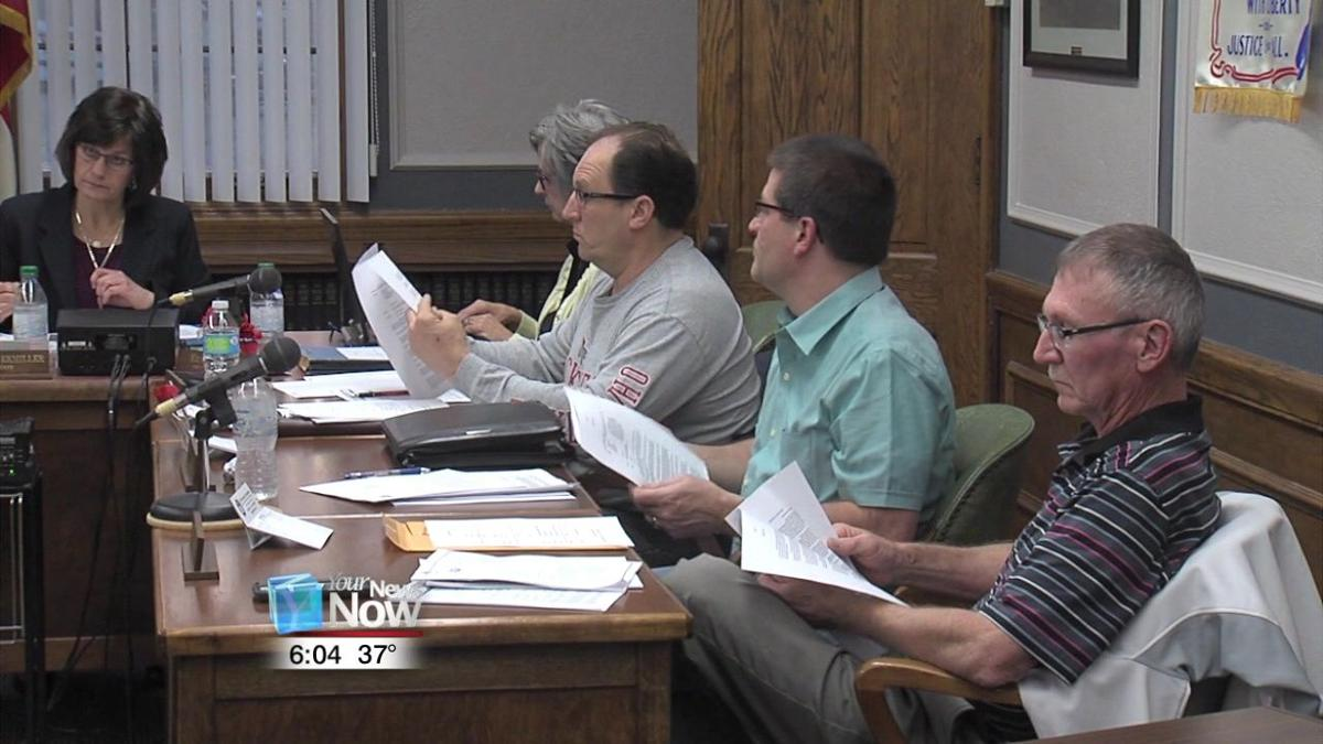 Putnam commissioners working to deal over control of sewer and water to Ottawa 1.jpg