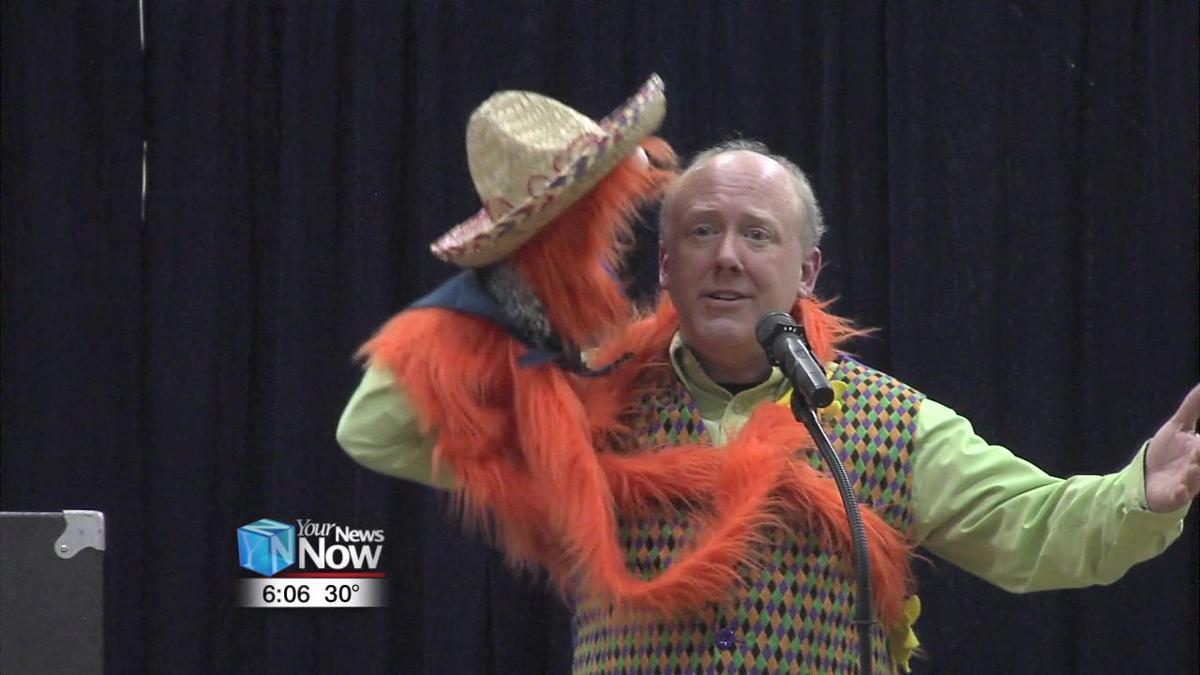 Ventriloquist pulls strings with local students 1.jpg