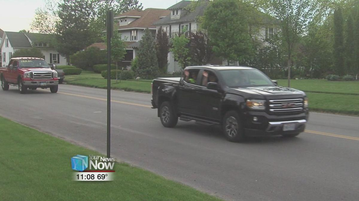 Students parade through town for senior night in Delphos