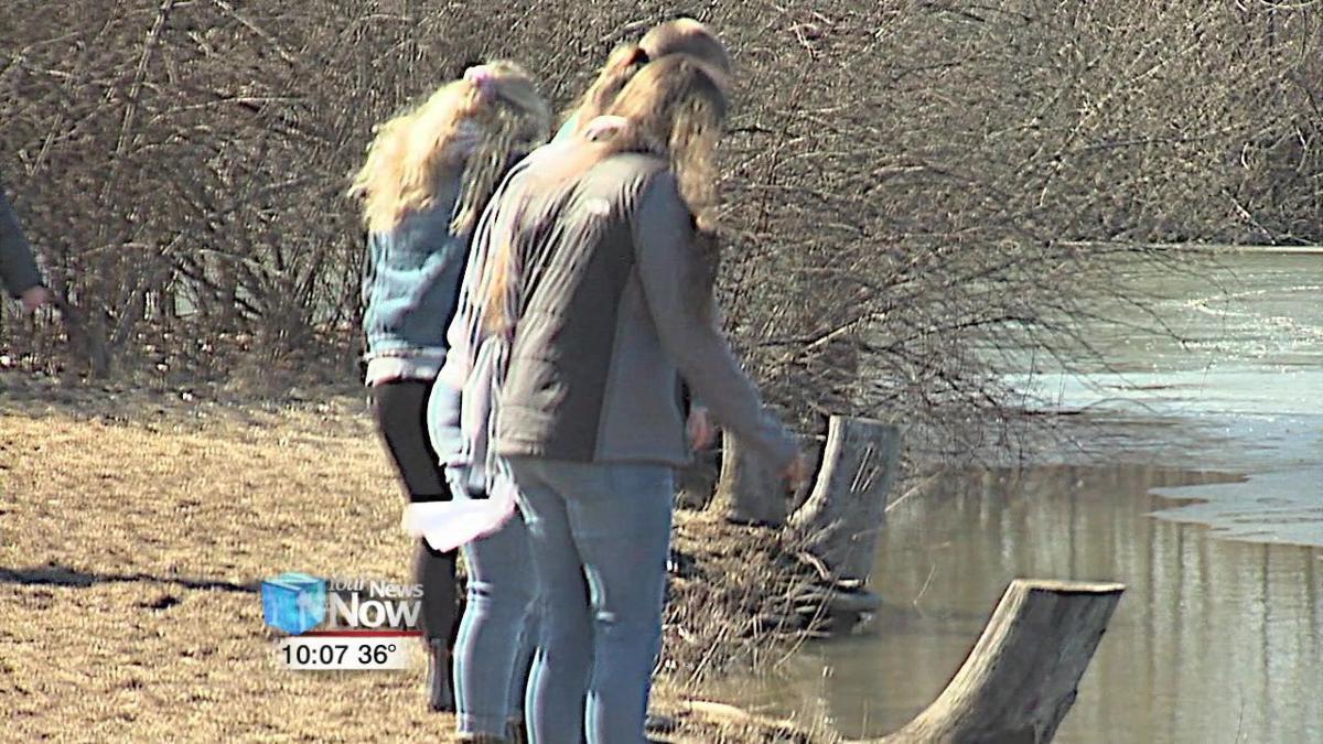Project Wildlife trains future teachers at Bluffton University 2.jpg