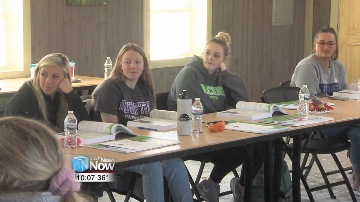 Project Wildlife trains future teachers at Bluffton University 1.jpg