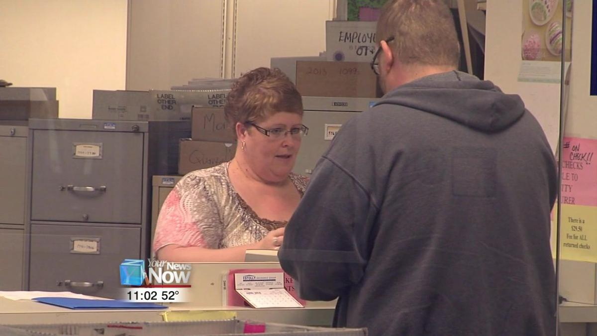 Lima Income Tax Office provides last minute help.jpg