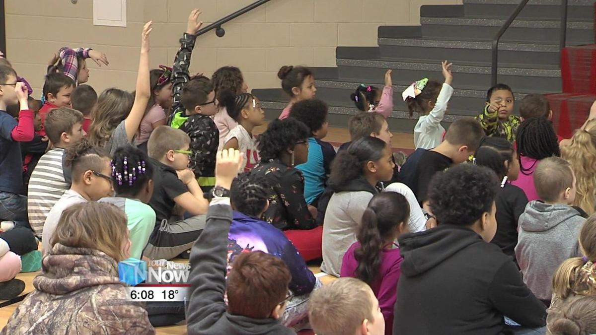 Violinist shares her gift with Perry Elementary students 1.jpg