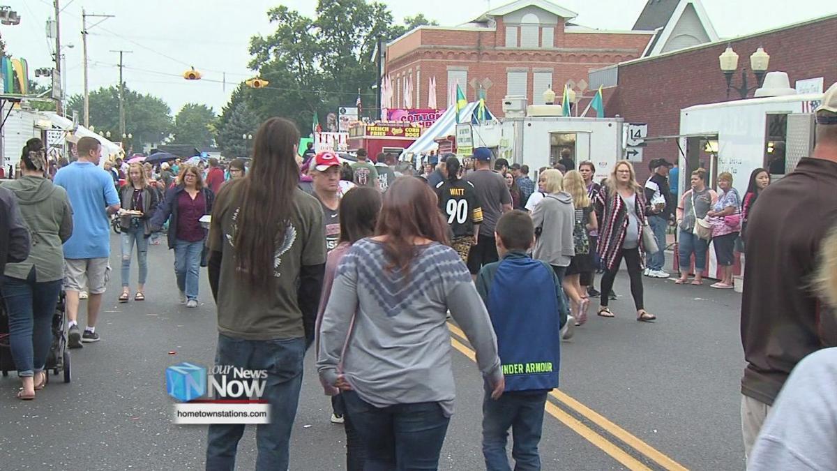 Northwest Ohio biggest parade thrills a crowd of thousands.jpg