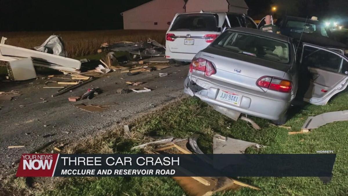 Three vehicle crash blocks Allen County intersection