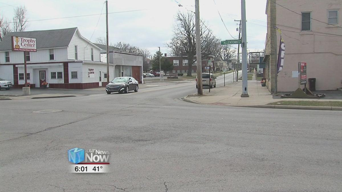 Lima Police department investigate the death of a man found outside