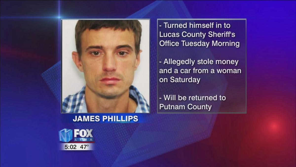 Man wanted for robbery in Putnam County turns himself in