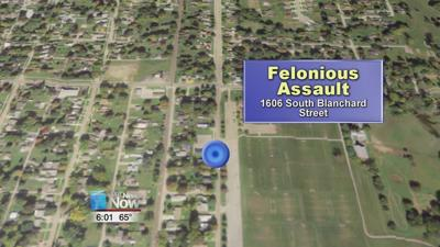 Man arrested after using a knife to attack people in Findlay last night.jpg