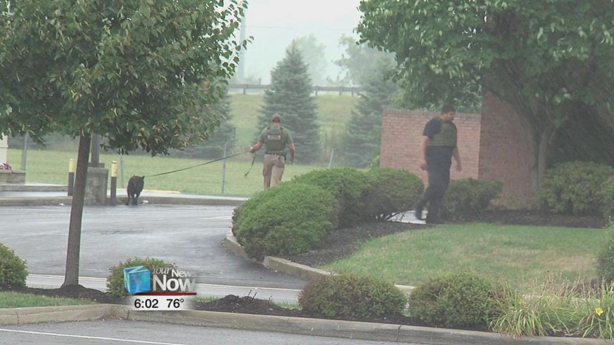 Witness recounts bomb squad defusing a potentially explosive situation at Bob Evans 2.jpg
