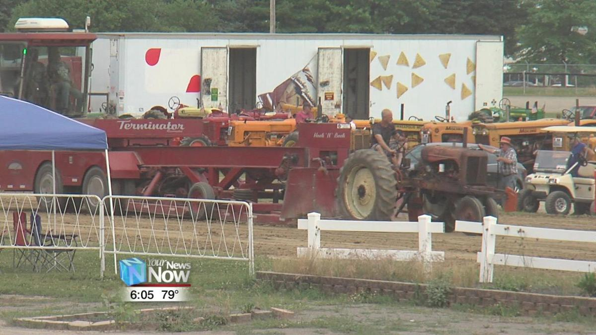 Antique Tractor Pull brings back fond memories of the farming of the past1.jpg