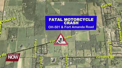 Motorcyclist killed and 2 others injured in crash following chase