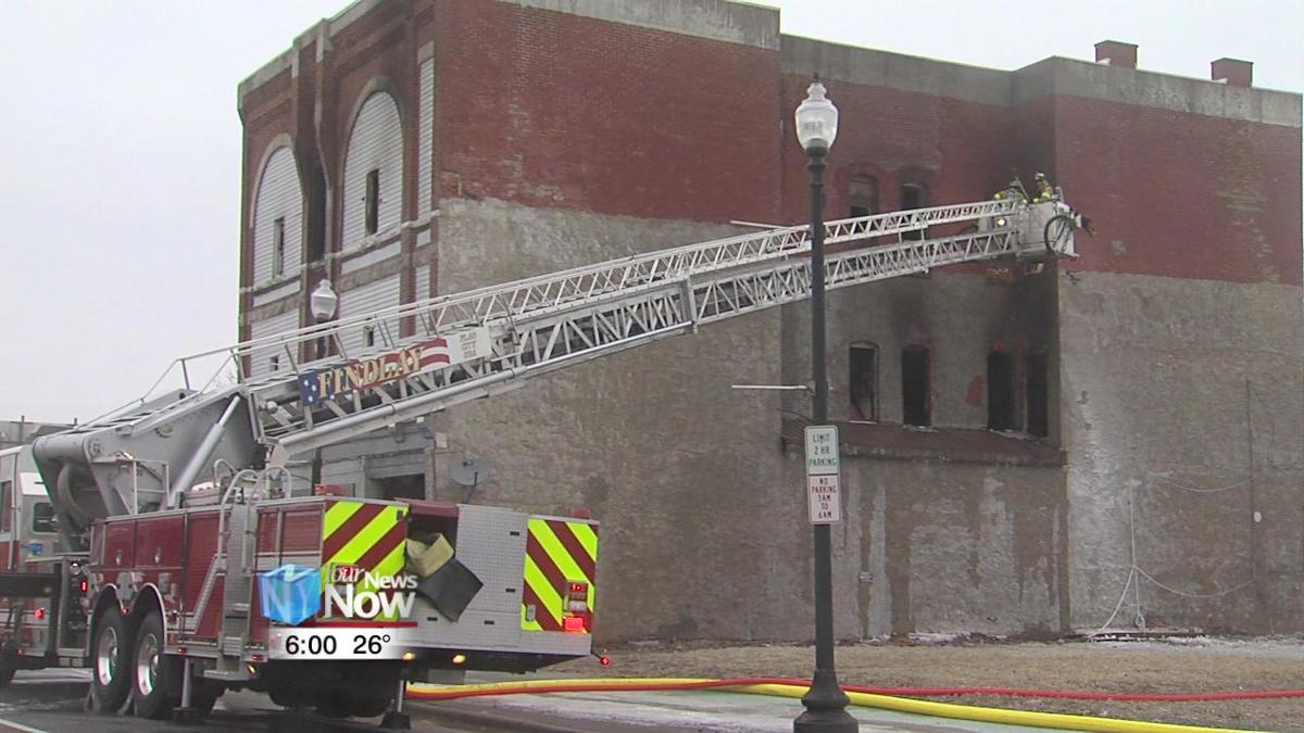 Findlay Fire Dept. investigating vacant building fire1.jpg