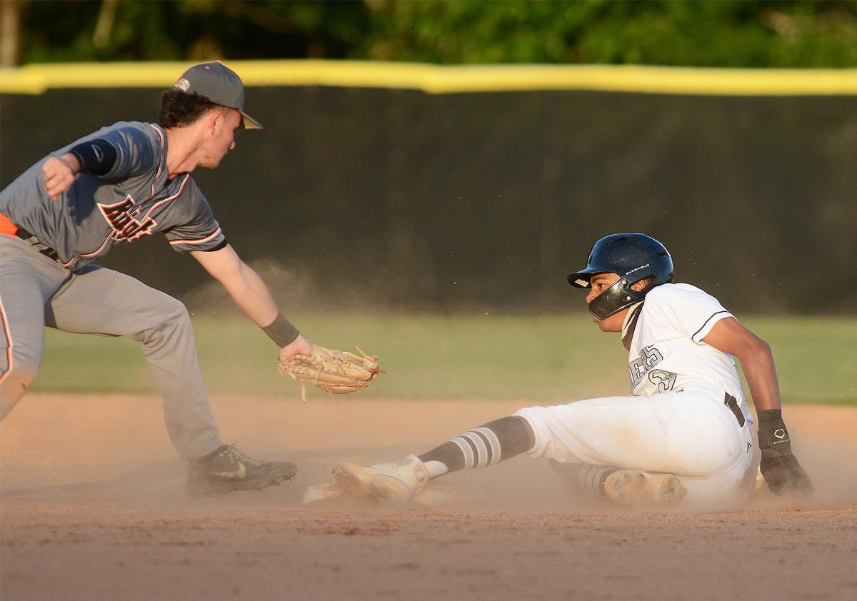 Ledford beats North in CCC finale