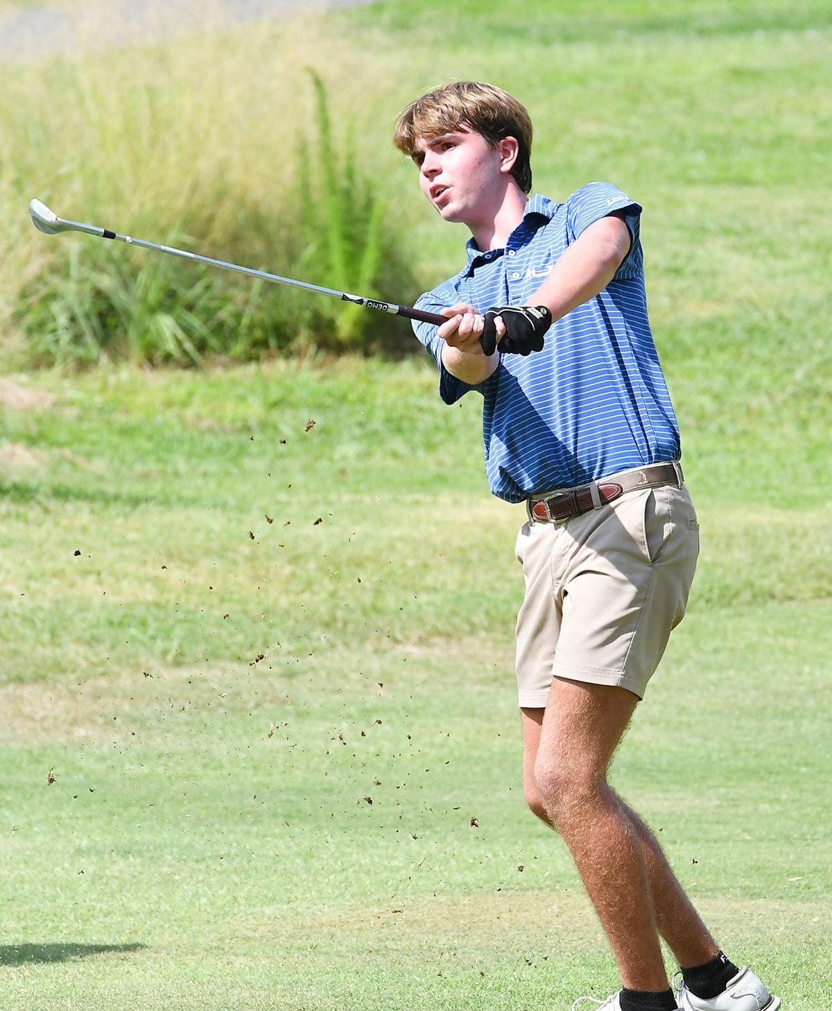 Junior Golf Tournament_boys winner.jpg