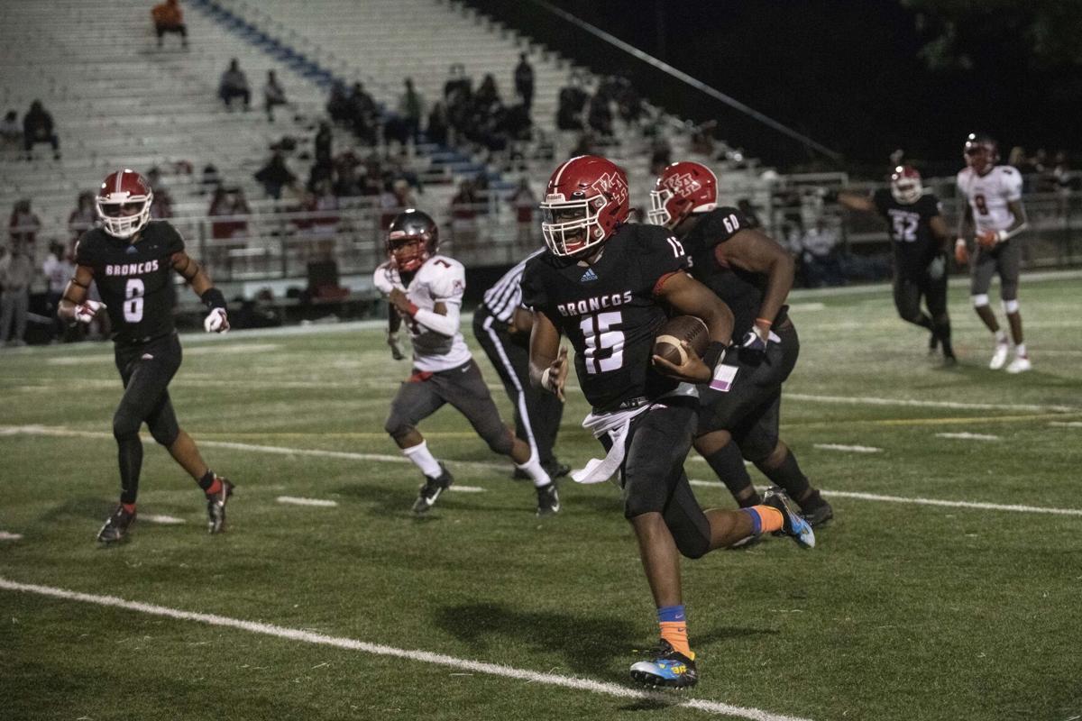 Kenwood QB runs for touchdown