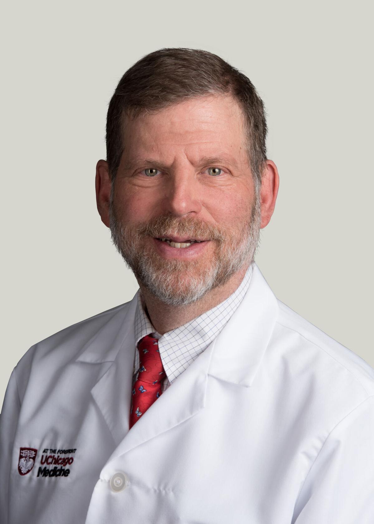 20180829-johnson-daniel-physicianportrait_lightgrey_rgb.jpg