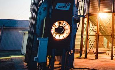 Propane-EG-Ag-Grain-Dryers-Marquee-1800x1200-GSI-dusk-1800x500.jpg