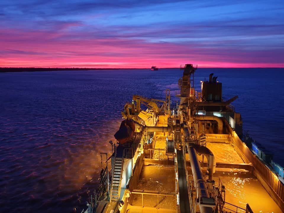Reuters: Argentina dredging Parana River
